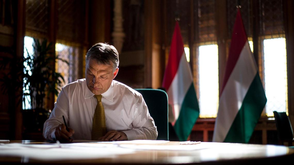 Фото з Фейсбук-сторінки Віктора Орбана