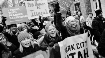 Феміністична критика фемінізму