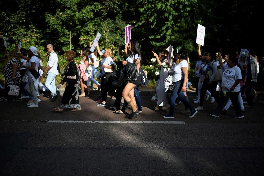 Марш у Парижі на честь вбитої Ванеси Кампос